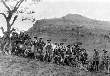 4-Boers_at_Spion_Kop_1900_-_Project_Gutenberg_eText_16462