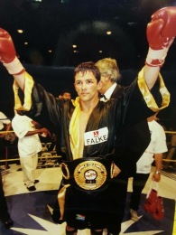 1_Gary Murray winning the word championship title