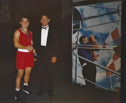 3_Claudio being congratulated by world champion Gary Murray after beating provincial champion Heindrich Pienaar
