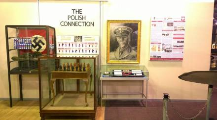 Jan Smuts Polish Display