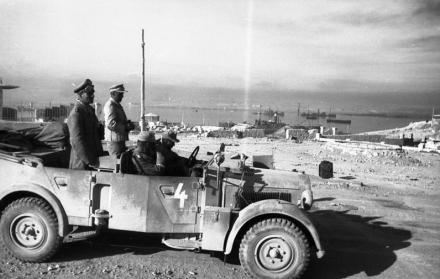 Tobruk, Rommel und Bayerlein, Hafen