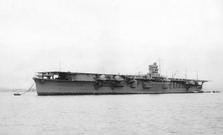 1200px-Japanese_aircraft_carrier_Hiryu_1939