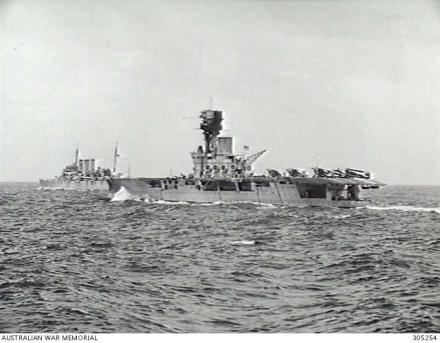 HMS_Hermes_June_1940