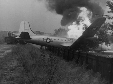 skymaster airlift